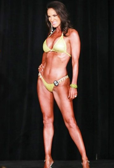 Laura made the transition to NPC Bikini Compeition